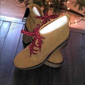 Forever 21 heeled boots ! Multiple Sz! 🔥🔥NWT
